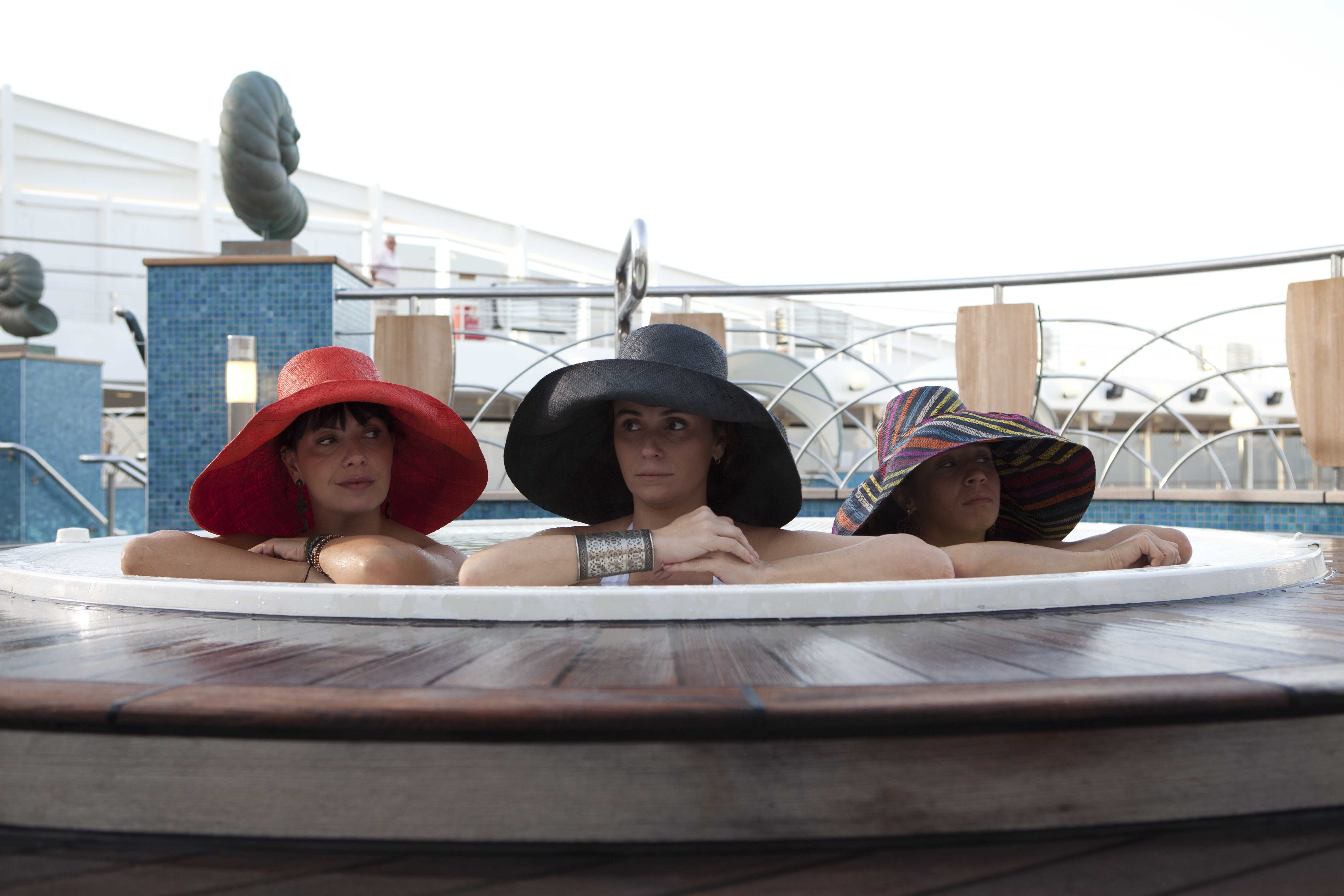 S.O.S Mulheres ao mar